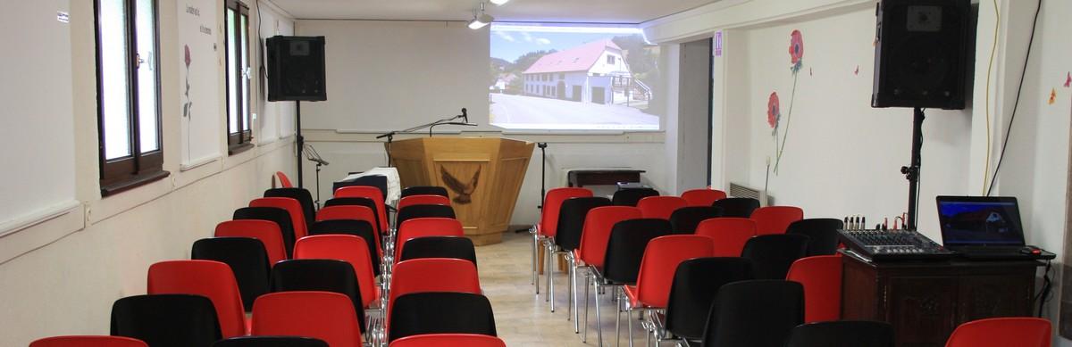 Salle de CULTE réunions chrétiennes évangéliques